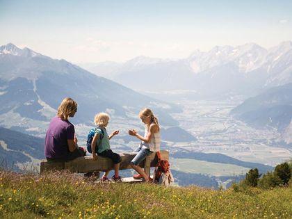 Mit der Familie am Berg